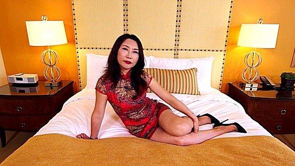 Азиатка аматерка секс от первого лица за 50