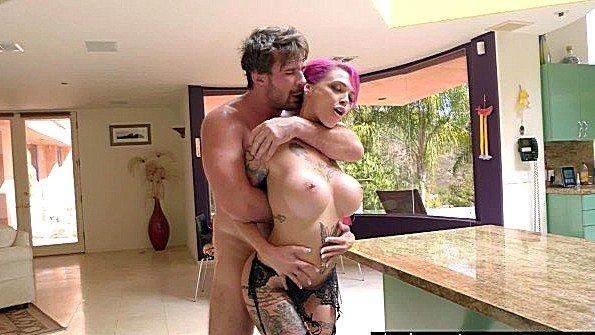 Грудастая жопастая большим хуем жесткий секс с камшотами сквирт (Anna Bell Peaks, Manuel Ferrara)