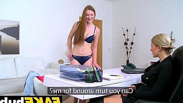 Мамашка секс-кастинг лесбиянки (Linda Sweet, Tracy Lindsay)