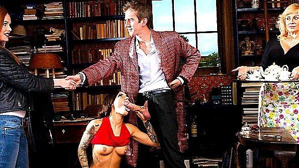 В анал грудастая большим хуем брюнетка жесткий секс секс-пародия (Danny D, Ella Hughes, Nikita Bellucci)