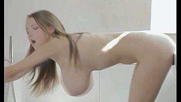 В попец с большой грудью толстозадую жестко трахнули милая под музыку порно-нарезка чешская (Busty Buffy, Lucie Wilde)