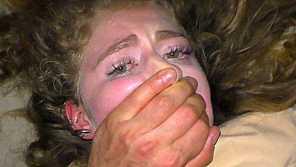 Первый раз блонда жесткий трах изнасиловали с маленькой грудью юная от первого лица нарезка (Maryjane Auryn)