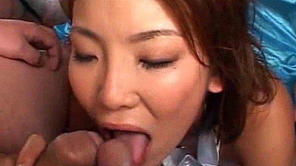 Молодая секс от первого лица японка