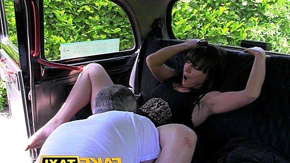 ебут в рот порно лижут жопы