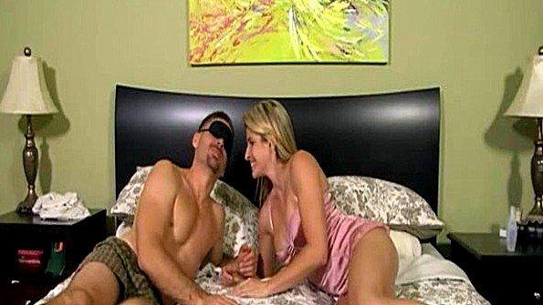 Сисястая брюнеточка зрелая инцест от первого лица (Cory Chase)
