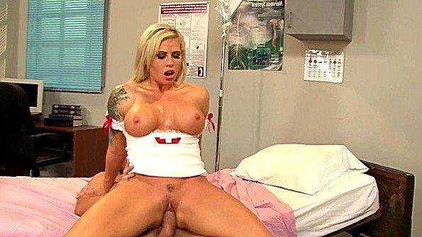 Девонька с большой грудью в возрасте ролевые игры (Brooke Haven)