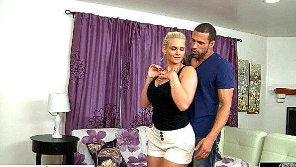 Блондинка грудастая жесткий секс зрелка (Carlo Carrera, Phoenix Marie)