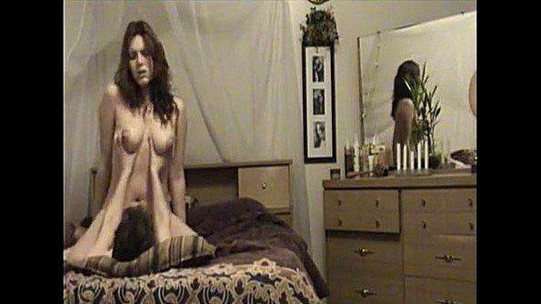 Любительница с большой грудью чувиха на вебку