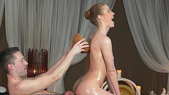 Жестко задолбили классная на массаже (Alexis Crystal)