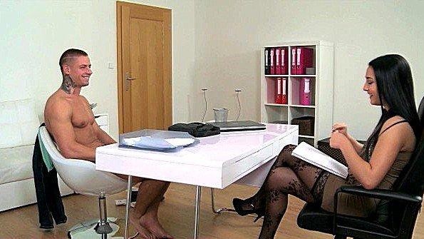 Секс-кастинг классная стройная (Ana Rose)