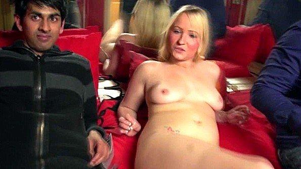 Блондинка жесткий секс