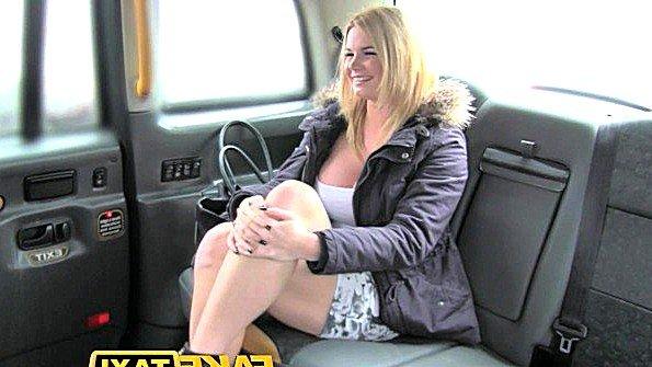 Британка со спермой (Tasha Holz)