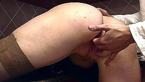 Дилетантша девица мамашка фистинг