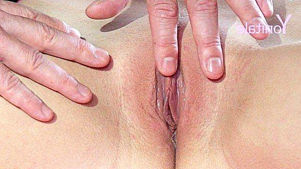 Блондинка красивая на массаже молодая (Jenny Anne)