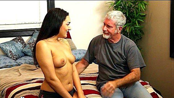порно ебля в доме 2