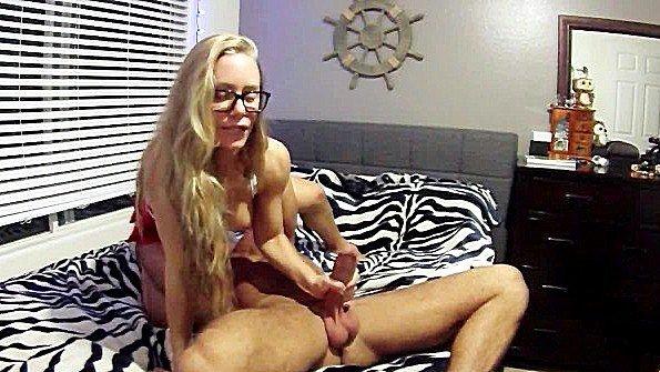 Непрофессионалка блондиночка сиськастая ролевые игры (Chad White, Nicole Aniston)