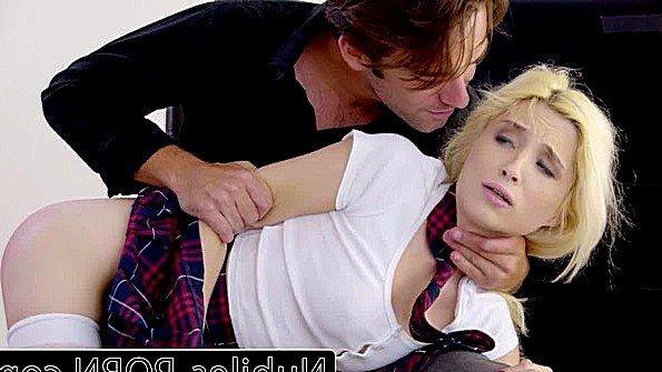 Блонда изнасиловали юная ролевые игры (Logan Pierce, Piper Perri)