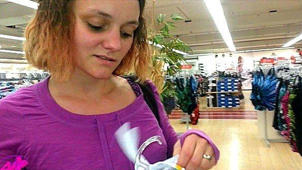 Дилетантка со спермачём немка в общественном месте