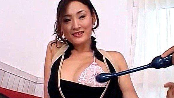 Дилетантка телка секс-игрушкой струйный оргазм японка