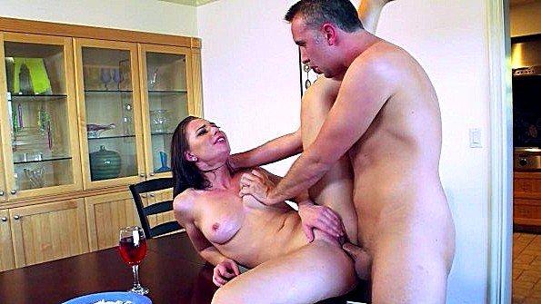 Порно Видео С Приват Чата Модели Vianor
