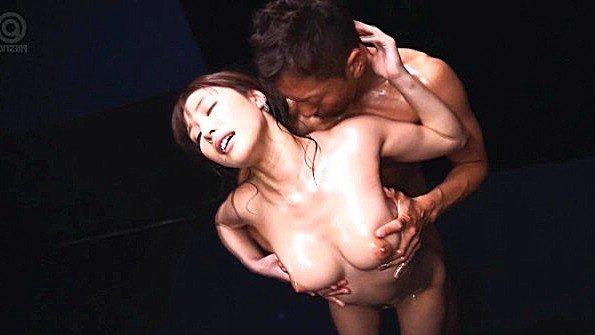 Смотреть порно жопастенькая