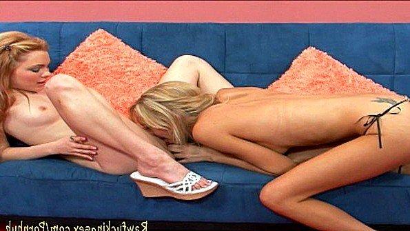 Блонда сисястая зрелая лесбияночки