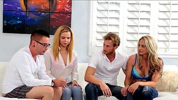 Красавица групповая оргия дамочка инцест юная (Alina West)